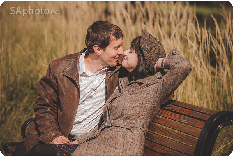 013-engagement-session-in-ottawa-sitting-on-bench