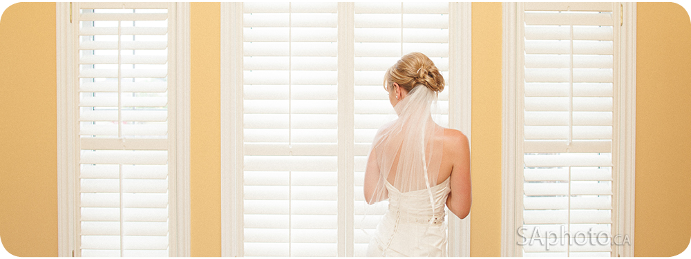 11-Queensville-ontario-wedding-photography-Gwillimbury-window-photo