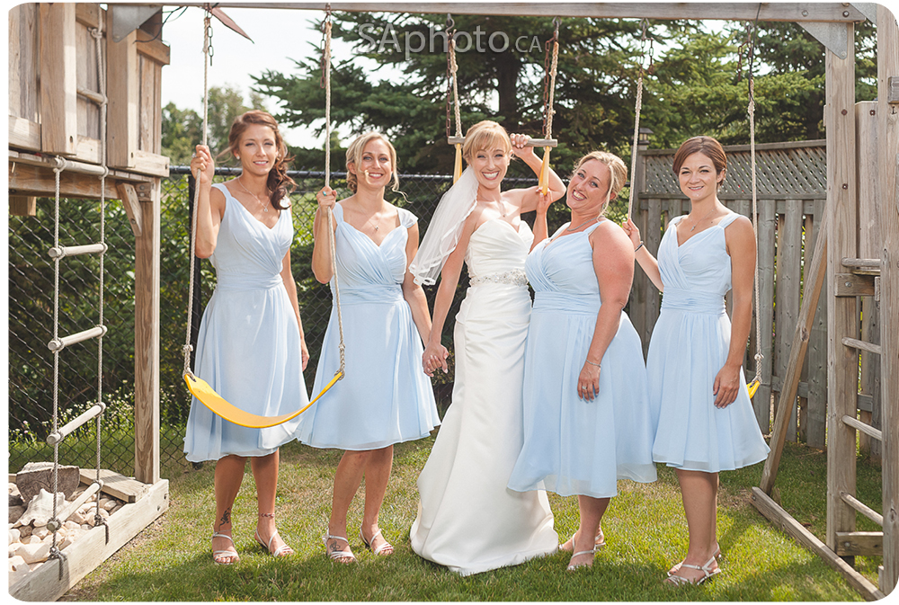 15-Queensville-ontario-wedding-bridesmaid