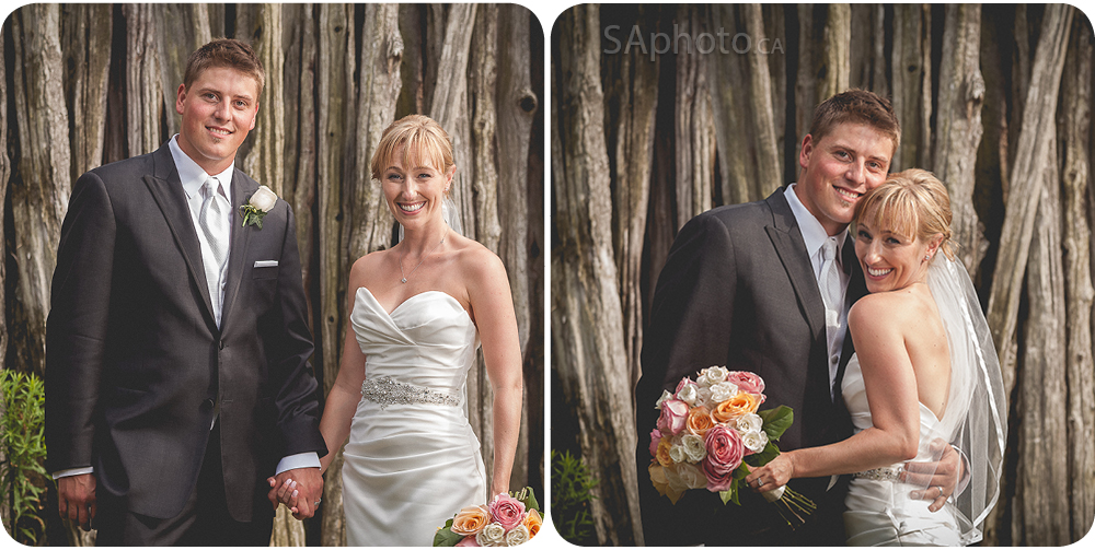 49-couple-in-front-of wood-wedding-pictures