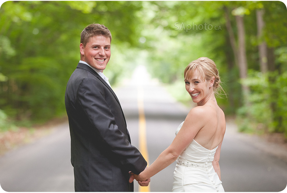 74-bride-and-groom-on-the-road