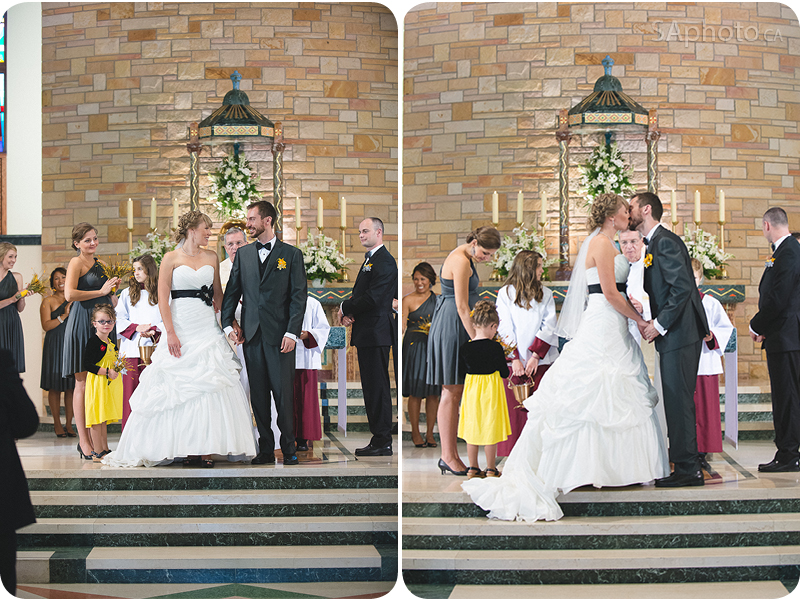 061-Our-Lady-of-Lourdes-Church-Wedding-kiss