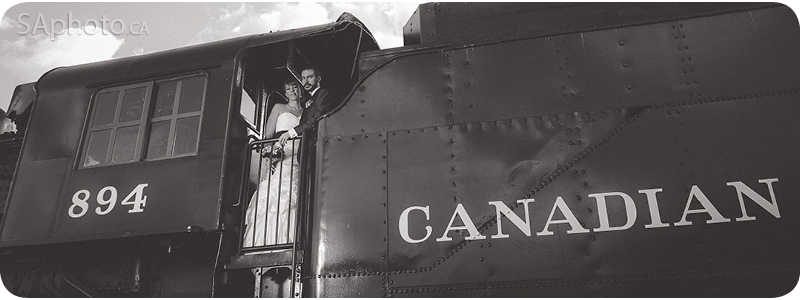078-old-canadian-train-bride-and-groom