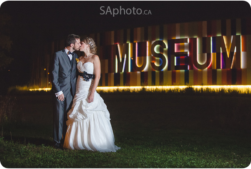 138-night-photography-Waterloo-Region-Museum-Wedding