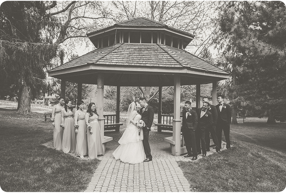 021-rosetta-mclean-gardens-wedding