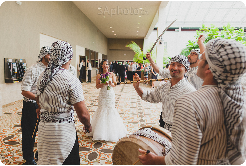 078-arabic-dance-performance-at-wedding