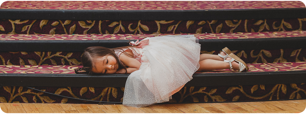 133-wedding-little-girl-sleeping