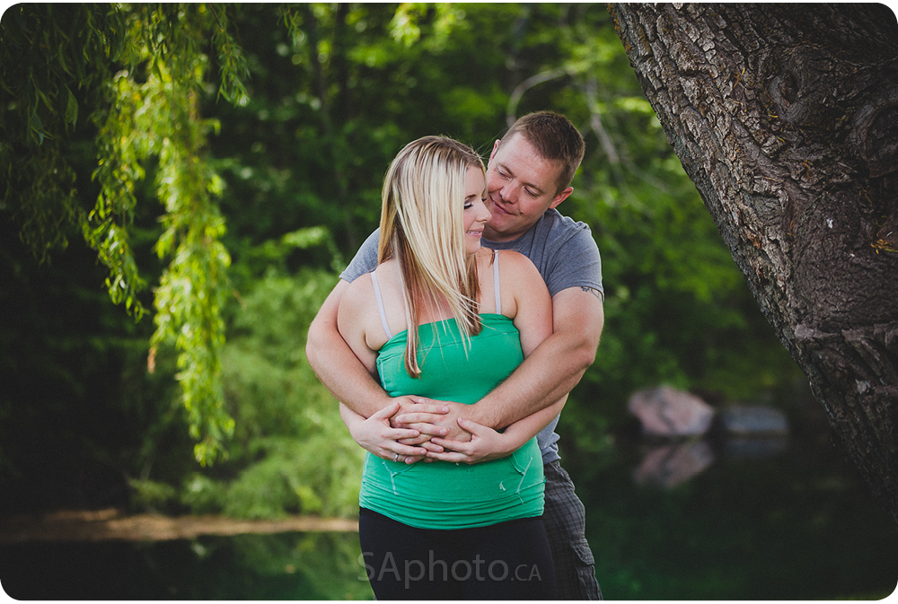 08-orangeville-engagement-session-nature