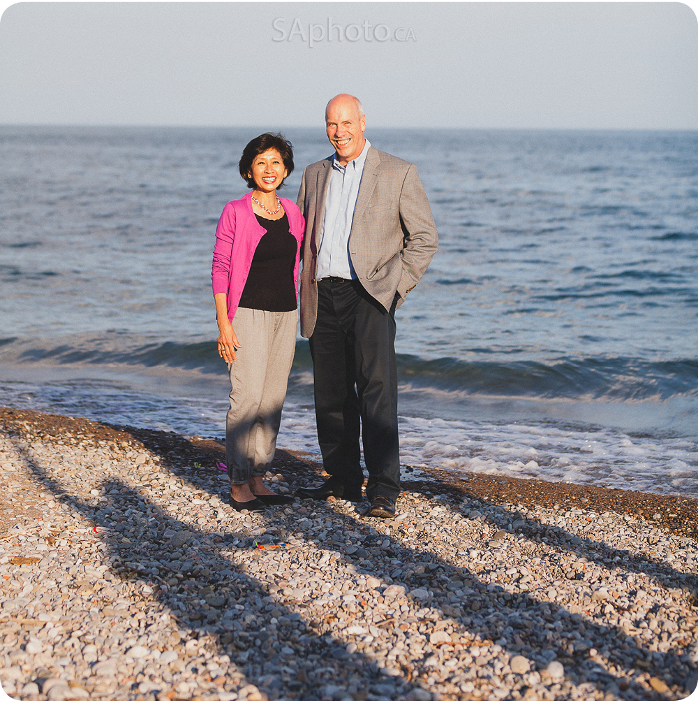 07-beach-photo-family-of-5-portrait
