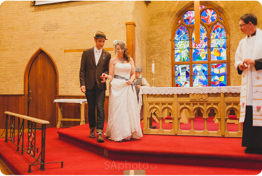 020-st-george-the-martyr-church-toronto-wedding