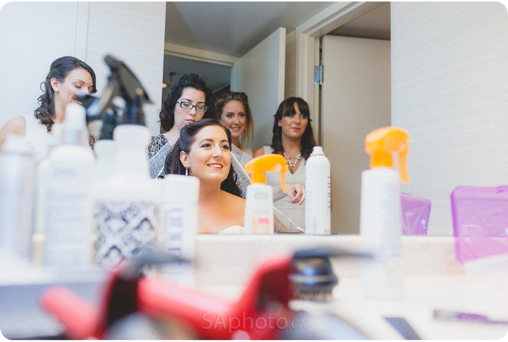 0023-Cambridge-suites-hotel-bride-preperation