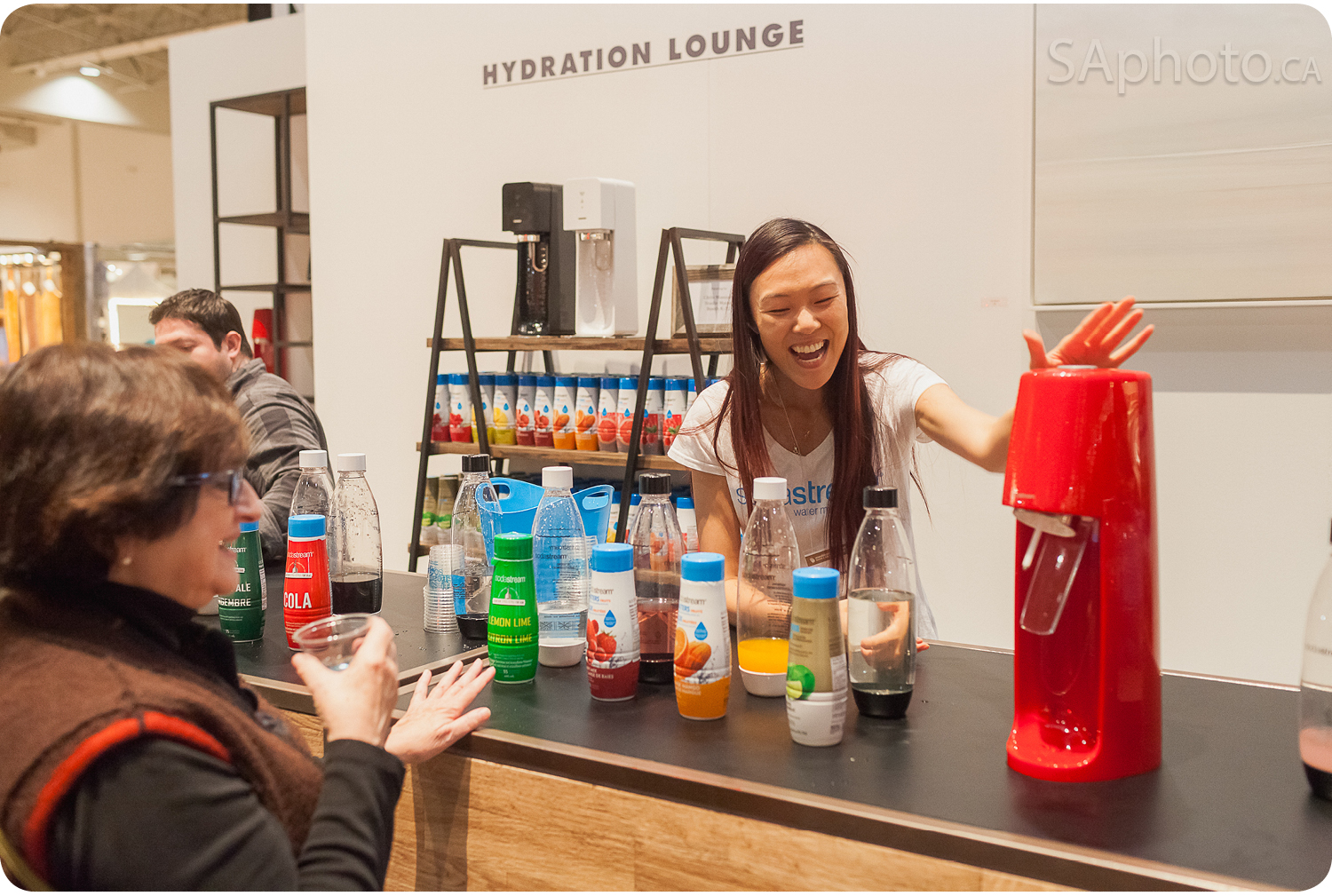 Stop by at Soda Stream and make your own fizzy water!